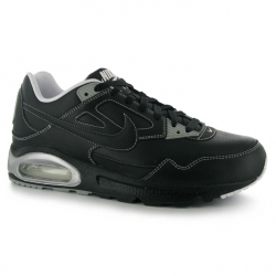 Nike Air Max Skyline Scarpe Pelle Uomo Black/White
